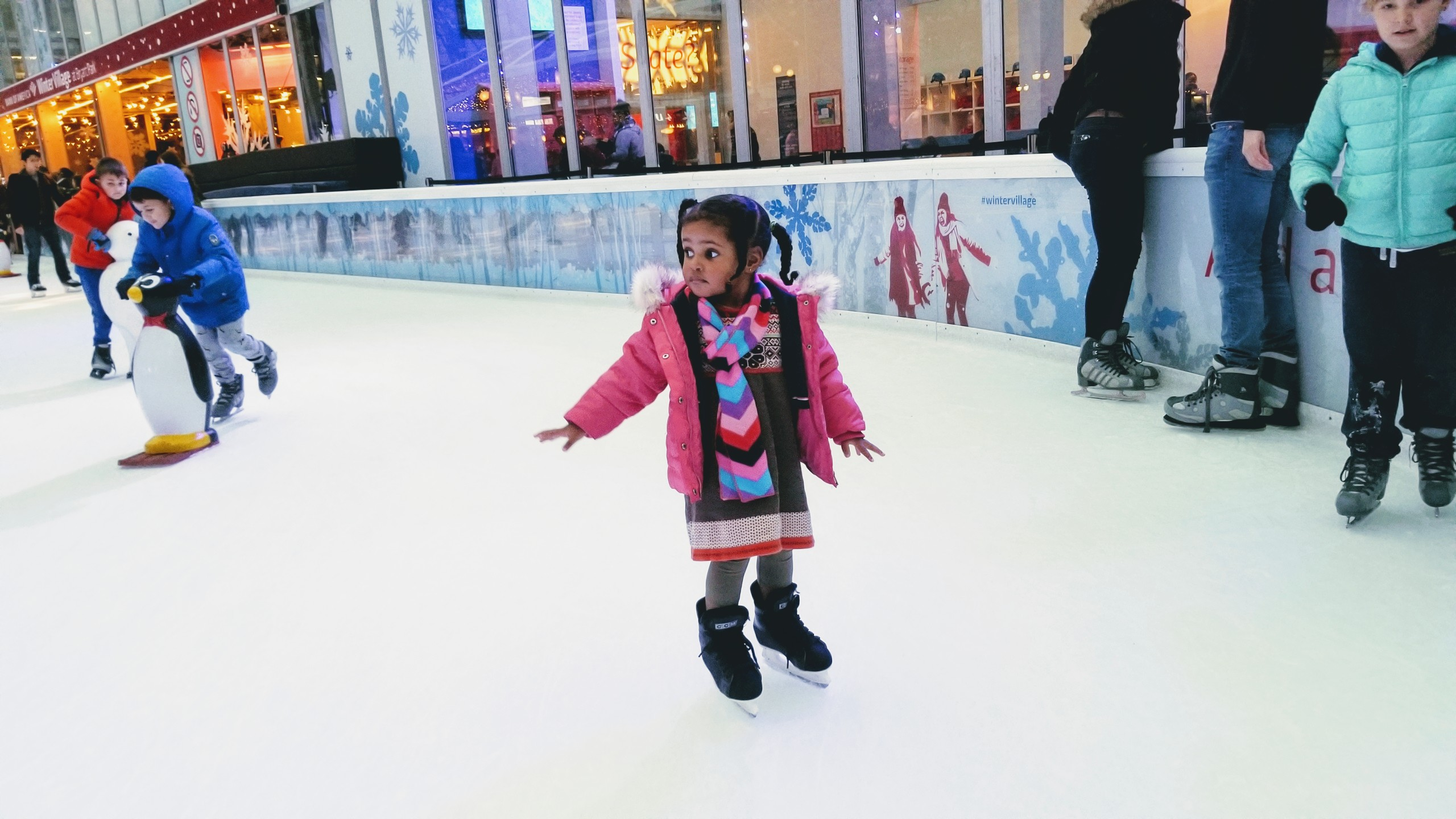 9 Ways To Make Your 1st Toddler Ice Skating Experience Great