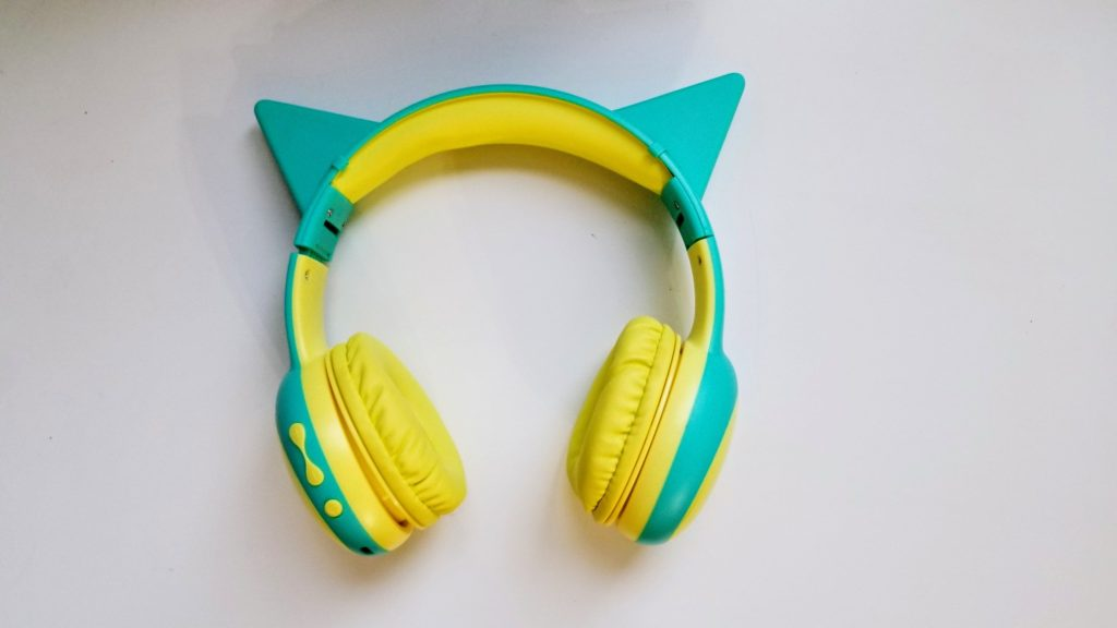 Gorsun headphones with ears
